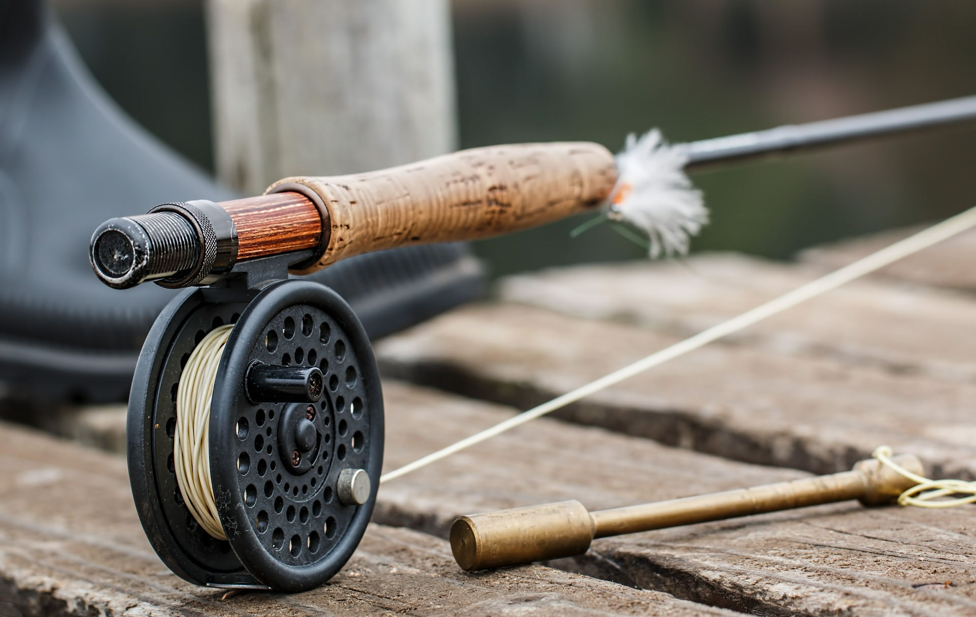 Tenkara vs Western Fly Fishing